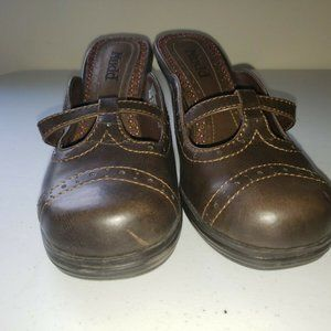 Mudd Brown High Heeled Clogs / Mules Size 8 1/2